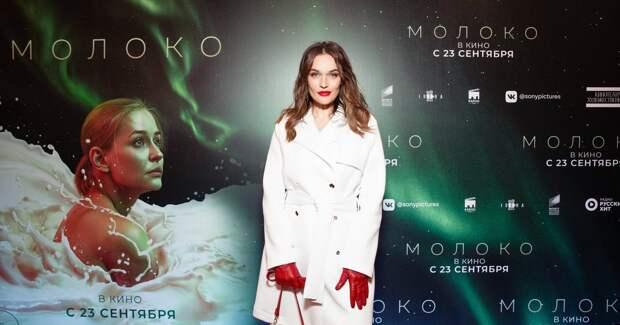 Водонаева, Прилучный на премьере необычного фильма с Пересильд