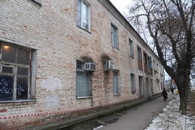 В Краснодаре из аварийного общежития переселят 67 человек