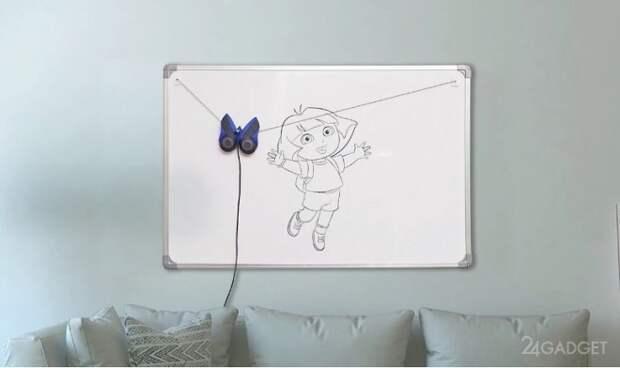 Робот-бабочка обучит малышей основам рисования (2 видео)