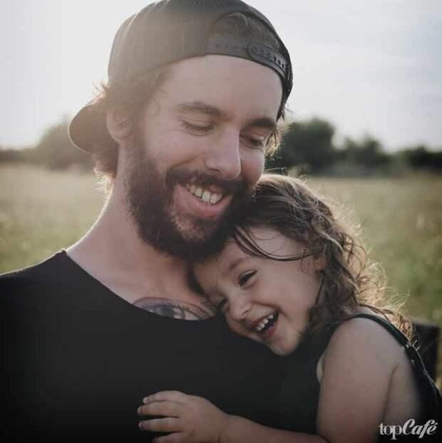 Интересные факты о бороде и усах: Бородач с ребенком