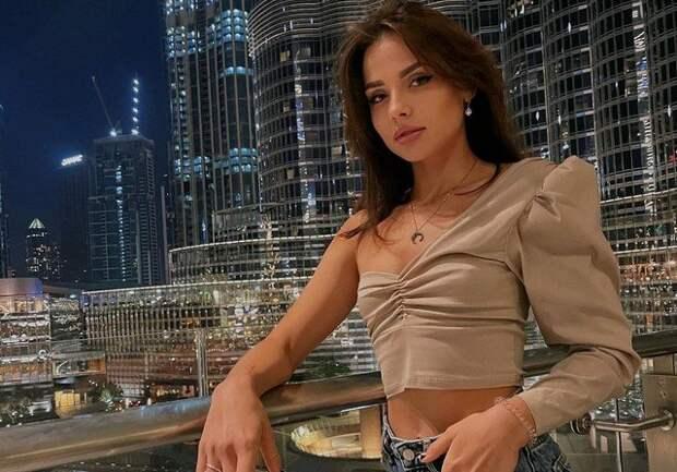 Вероника Курган - модель-участница скандальной