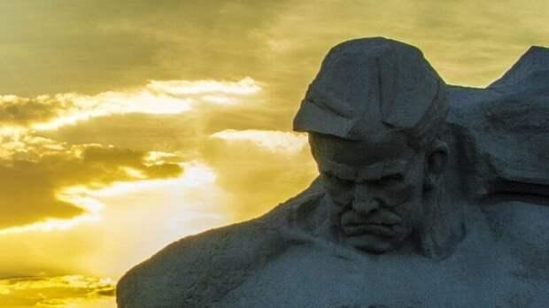 Сергей Глазьев: Наше нынешнее состояние напоминает осень 1941-го года