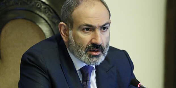 ВС Армении требуют отставки премьера