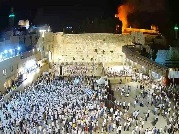 Возле мечети Аль-Акса в Иерусалиме произошел пожар