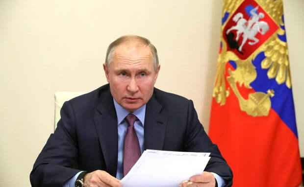 О том, как на местах подгоняют под отчеты зарплаты бюджетников, стало известно Путину