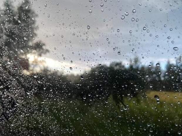 На Кубани вновь прогнозируют выходы рек из берегов, ливни и смерчи