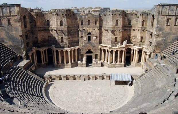 Театр времен правления Нерона.