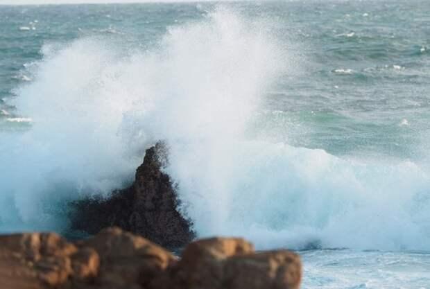Гигантская тектоническая плита между Индией и Австралией разламывается на две части