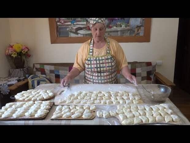 Тесто для пирожков на картофельном отваре, пирожки с картошкой и печенкой.