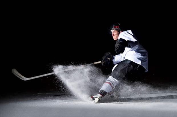 Хоккейная команда Бескудниковского района победила в двух матчах дворовой лиги