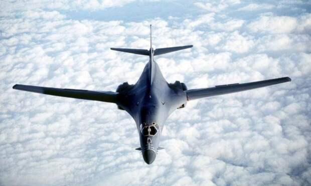 США перебрасывают бомбардировщики в Норвегию для получения контроля над Арктикой