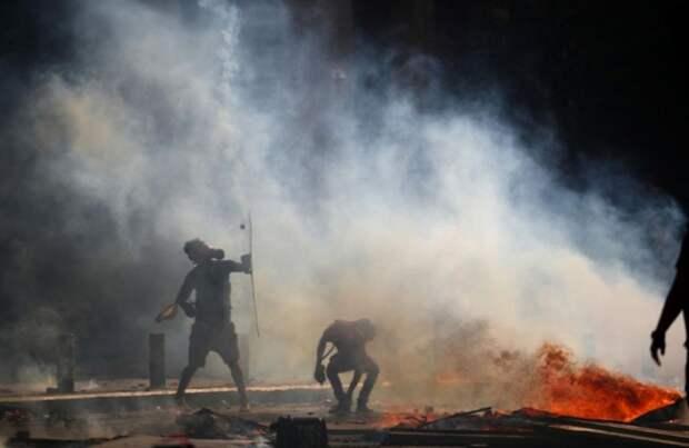 6 главных новостей выходных: выборы в Беларуси и авиакатастрофа в Индии