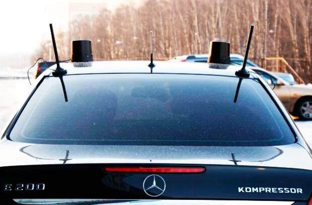 Автомобиль с черной мигалкой: что это значит, и обязаны ли мы пропускать такие авто