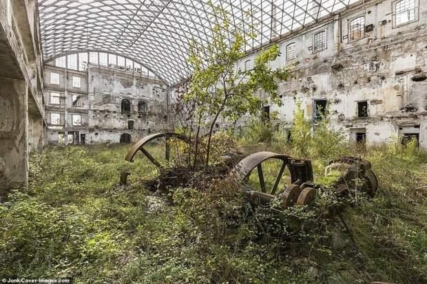Бывшая фабрика XIX века в Италии