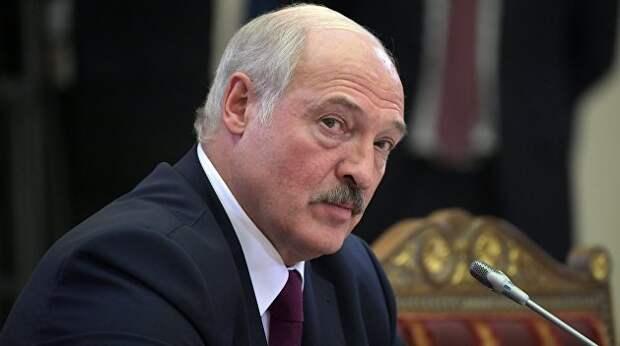 Дожить бы до Пасхи. Лукашенко очень хочет победить пандемию, но заметно волнуется