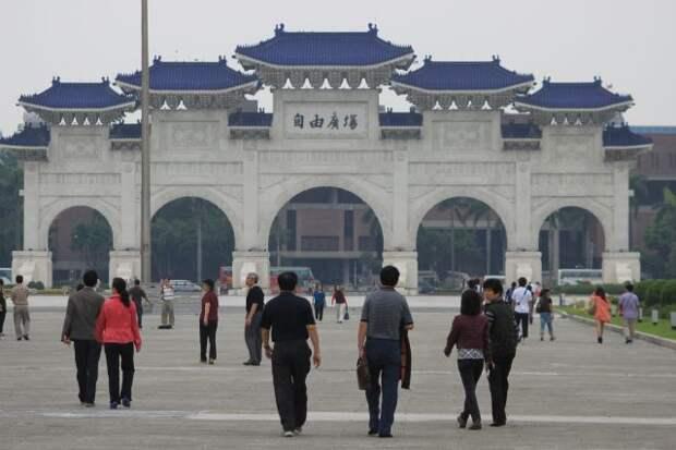 Глава администрации Тайваня верит в поддержку США в конфликте с Китаем
