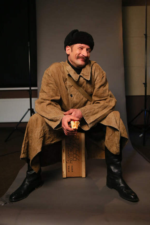 Петербуржец как две капли воды похож на почтальона Печкина из Простоквашино