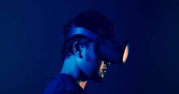 Почти 20% штата Facebook занимается разработками в области VR и AR