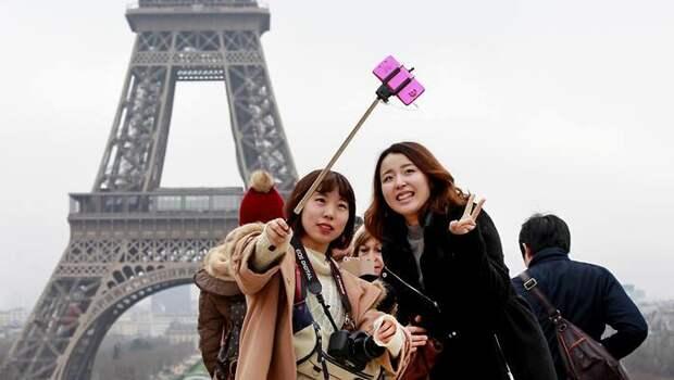 Еще один не лучший эпизод про столицы Франции - парижский синдром. /Фото: pikabu.ru