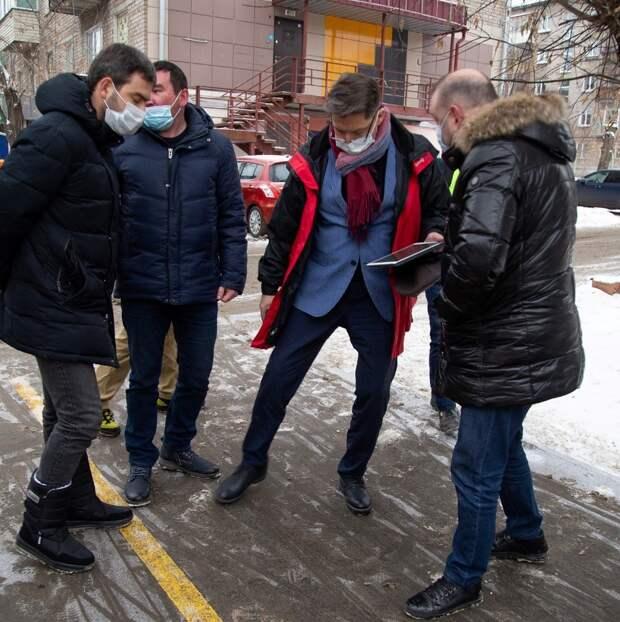 Глава Ижевска назвал жутью количество реагента на тротуарах