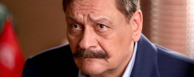 Шахназаров ответил актеру Дмитрию Назарову на критику парада Победы