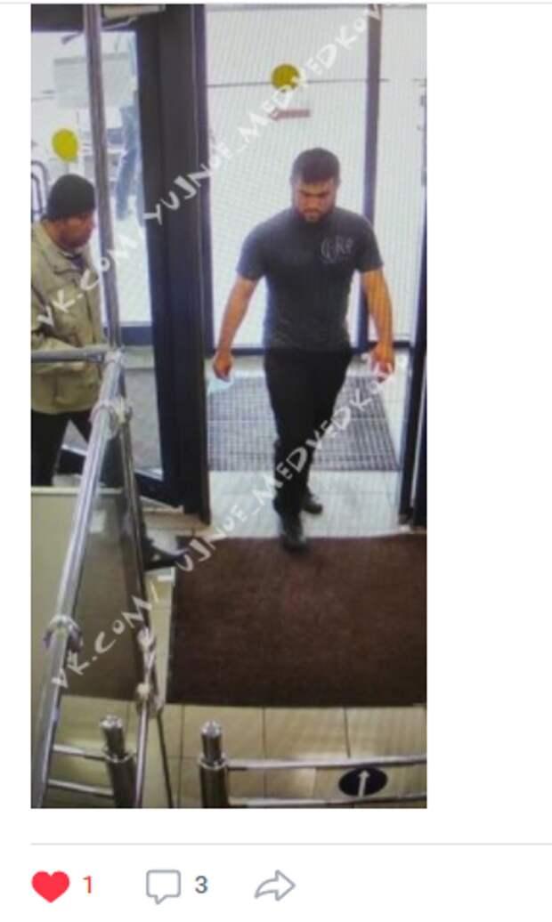 Мужчина похитил тележки из строймаркета на Молодцова