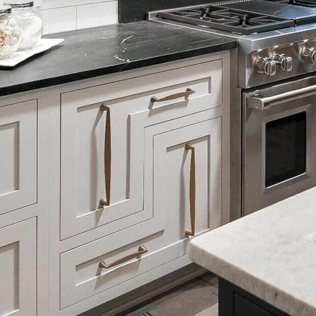Необычные выдвижные ящики на кухне