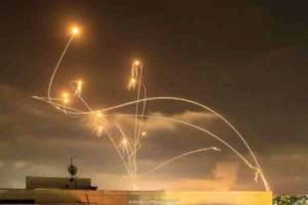 «Железный купол» Израиля не выдержал массированного удара: ракеты обрушились на Ашкелон и Ашдод