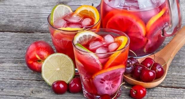 Оригинальные рецепты лимонадов: наслаждаемся, пока лето не закончилось