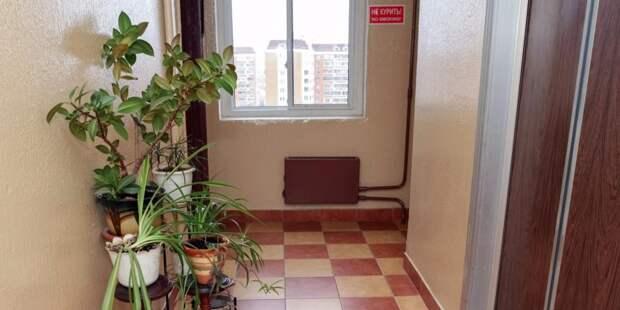 За ленивыми жильцами дома на Беломорской убрали коммунальщики