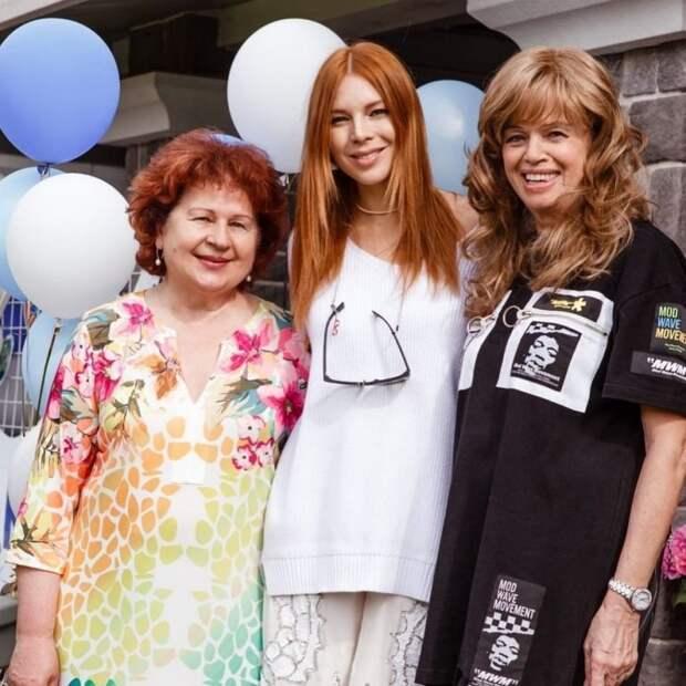 «Неужели этой женщине 74?»: Владимир Пресняков показал фото с мамой-именинницей