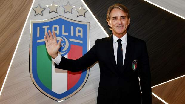 Манчини договорился о продлении контракта со сборной Италии. Зарплата тренера вырастет на 50%