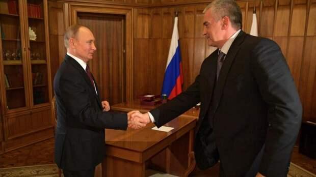 Путин наградил Аксенова орденом за развитие Крыма