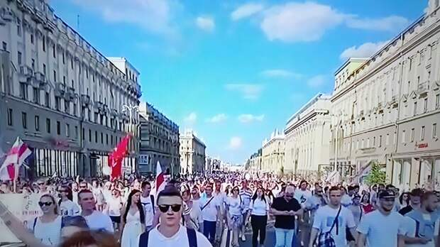 """""""Щас покажу"""": белорус снял трусы в эфире у Соловьёва и сбежал, не ответив на вопросы"""