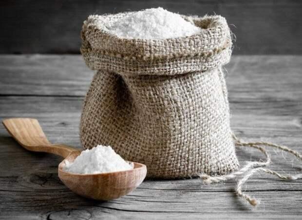 Оберег из обычной соли, который впитывает негатив как губка