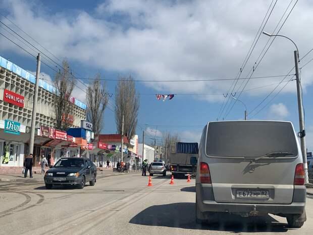 В Керчи возле автовокзала грузовик насмерть сбил мужчину