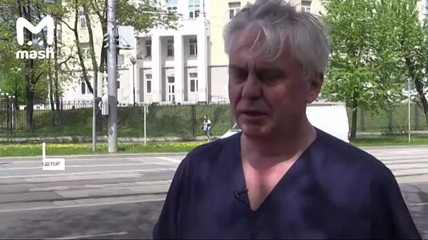 Московская клиника запретила волонтёрам поставлять лекарства для трансплантации...