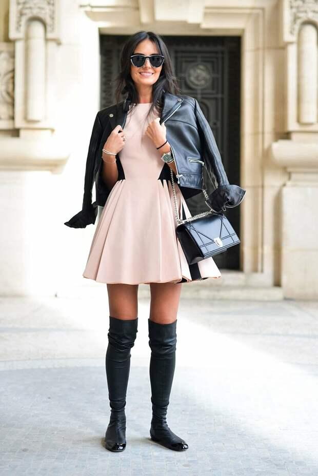 Повседневный образ с ботфортами. /Фото: moda-styl.ru
