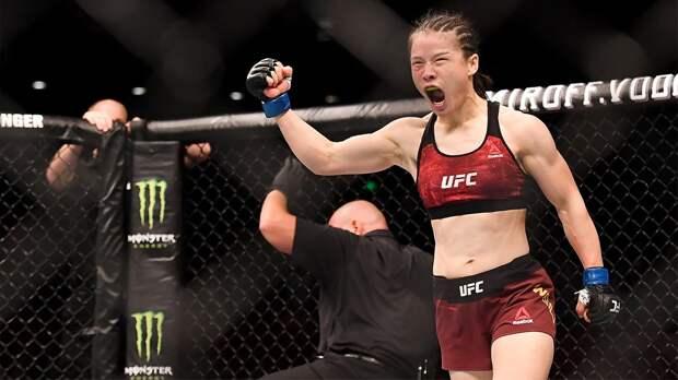 Чемпионка UFC изКитая Чжан. Фанатела отБрюса Ли, переезжала из-за коронавируса, дралась спарнями