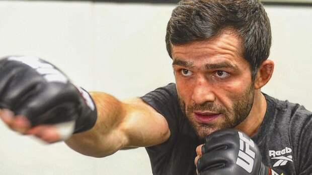 Россиянин Валиев одержал первую победу в UFC в андеркарде боя Волков — Оверим