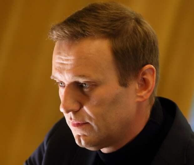 Соратники Навального сообщили об опаснейшем яде в его организме, врачи осторожничают