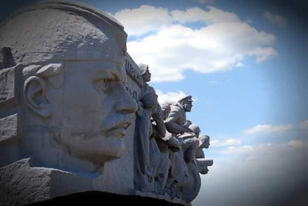 Восстановление мемориала наСаур-Могиле: надоли перезахоранивать героев-ополченцев?