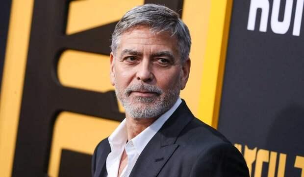 «Мои волосы похожи на солому»: Клуни раскрыл забавную тайну лучшей голливудской прически