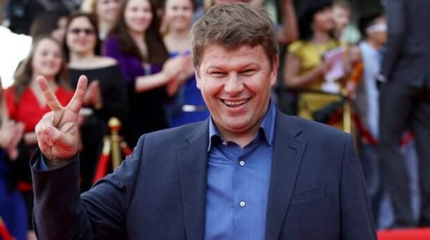 Губерниев иронично поздравил Елену Вяльбе с 53-летием