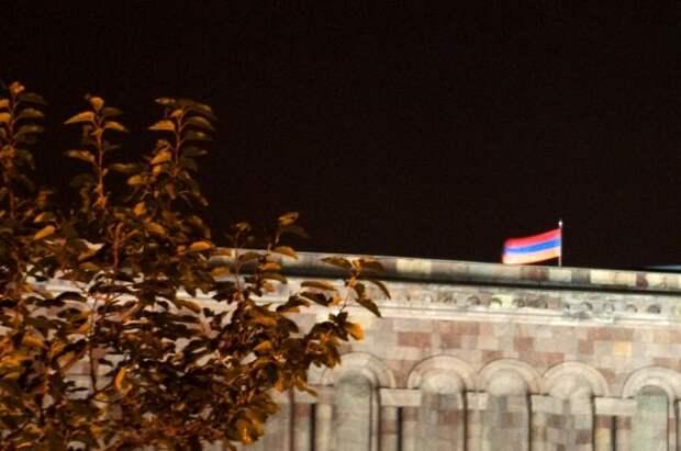 В Армении завершилось голосование на досрочных выборах в парламент