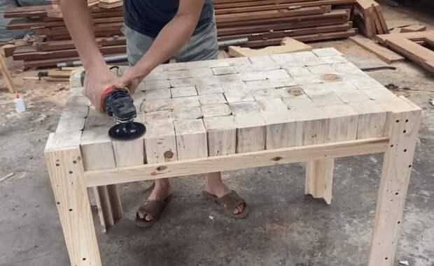 Дизайнерский стол при минимуме затрат