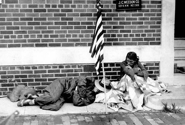 Выселенный из дома за долги ветеран Первой мировой
