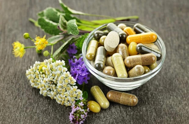 Ученые заявили о бесполезности витаминных добавок