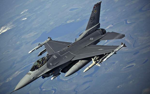 Defense Express: Украине нужны истребители F-16
