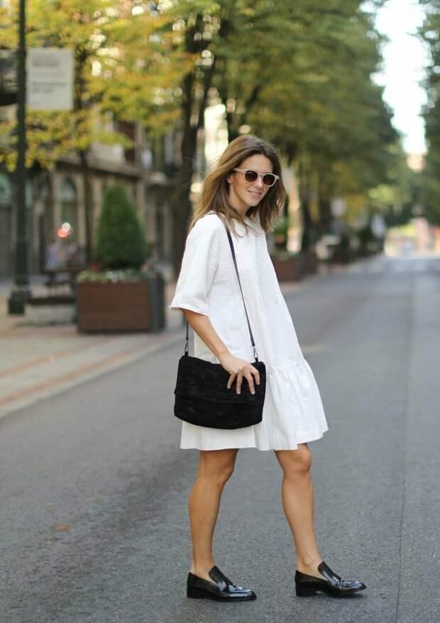 Лоферы прекрасно сочетаются с платьями. /Фото: kleo.ru